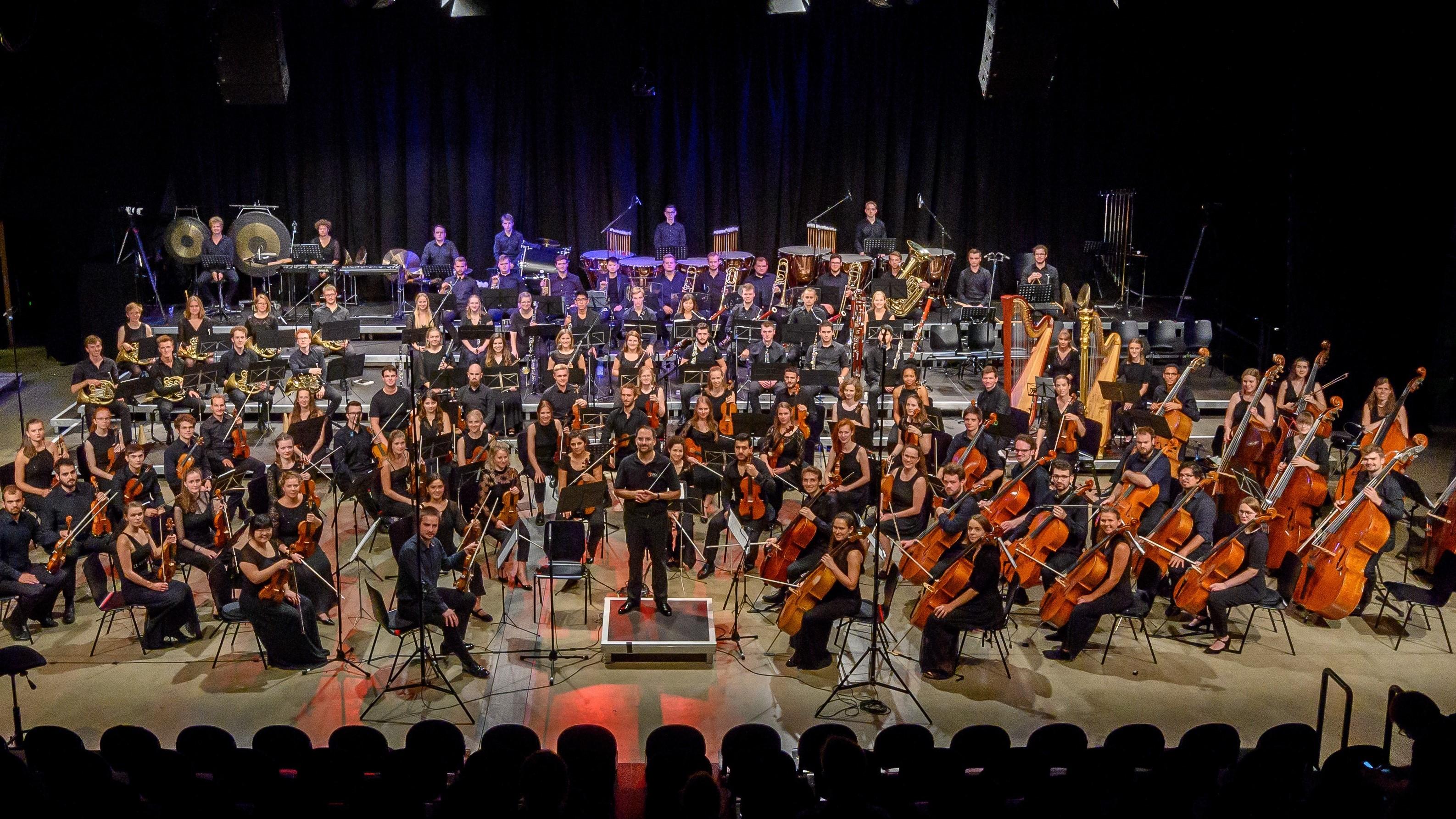 Junges Philharmonisches Orchester in der Neuen Benefelder Festhalle am 04.08.2021